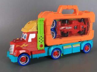 Комплект камион, куфар и инструменти
